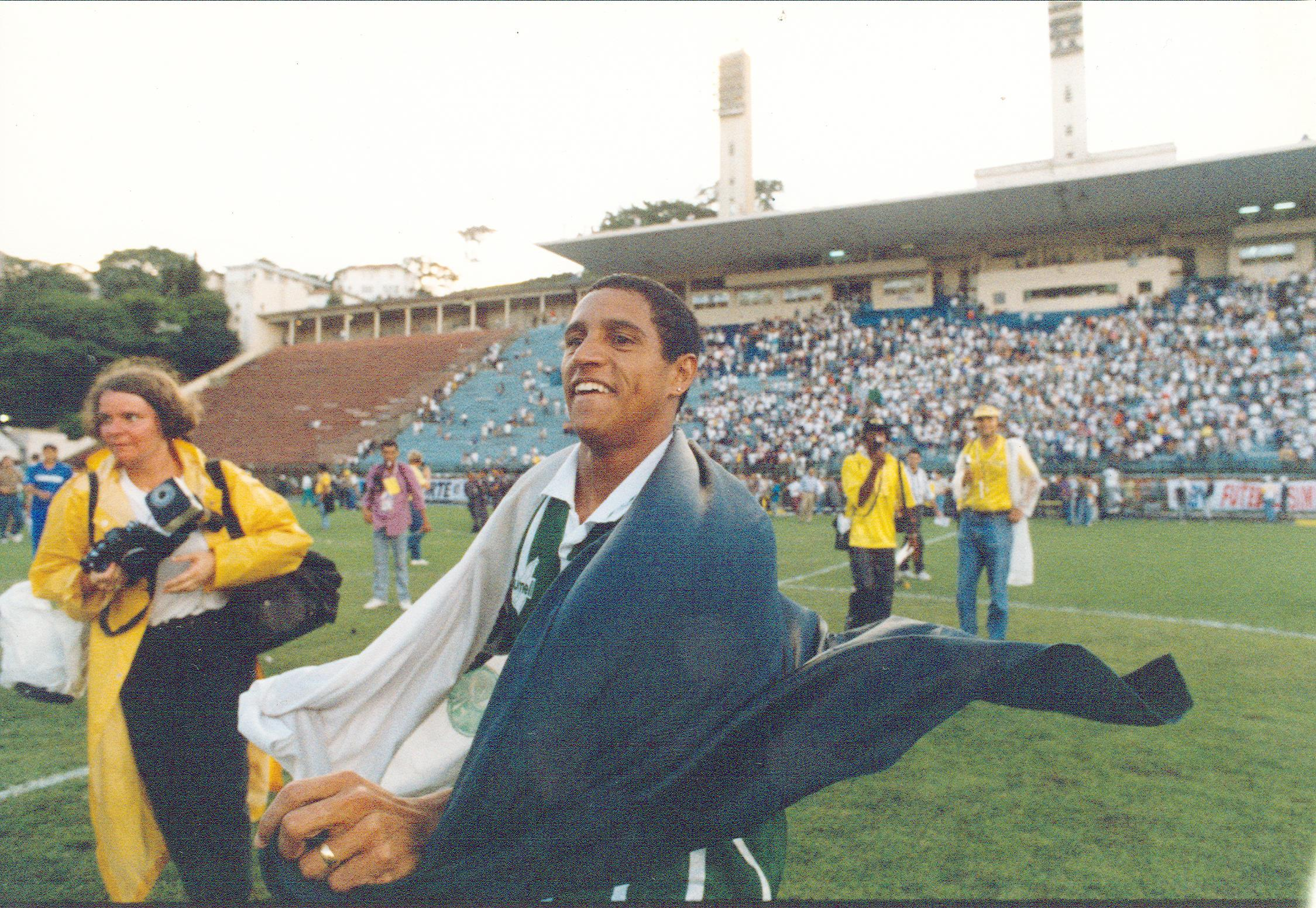 Roberto Carlos acredita que Palmeiras de 93/94