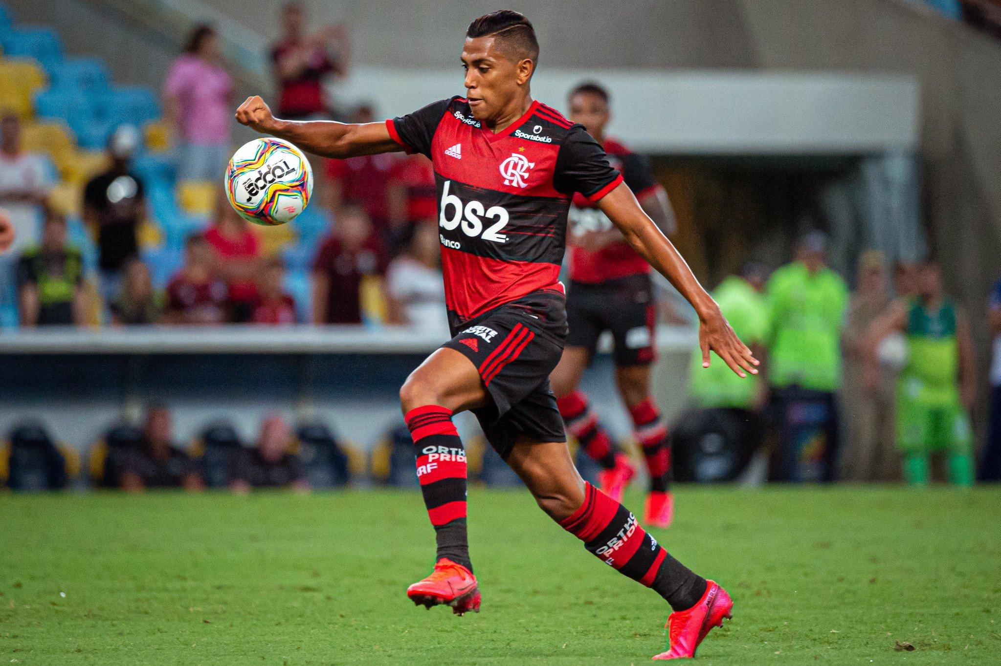 Pedro Rocha fala do dilema de ser jogador torcedor do Flamengo