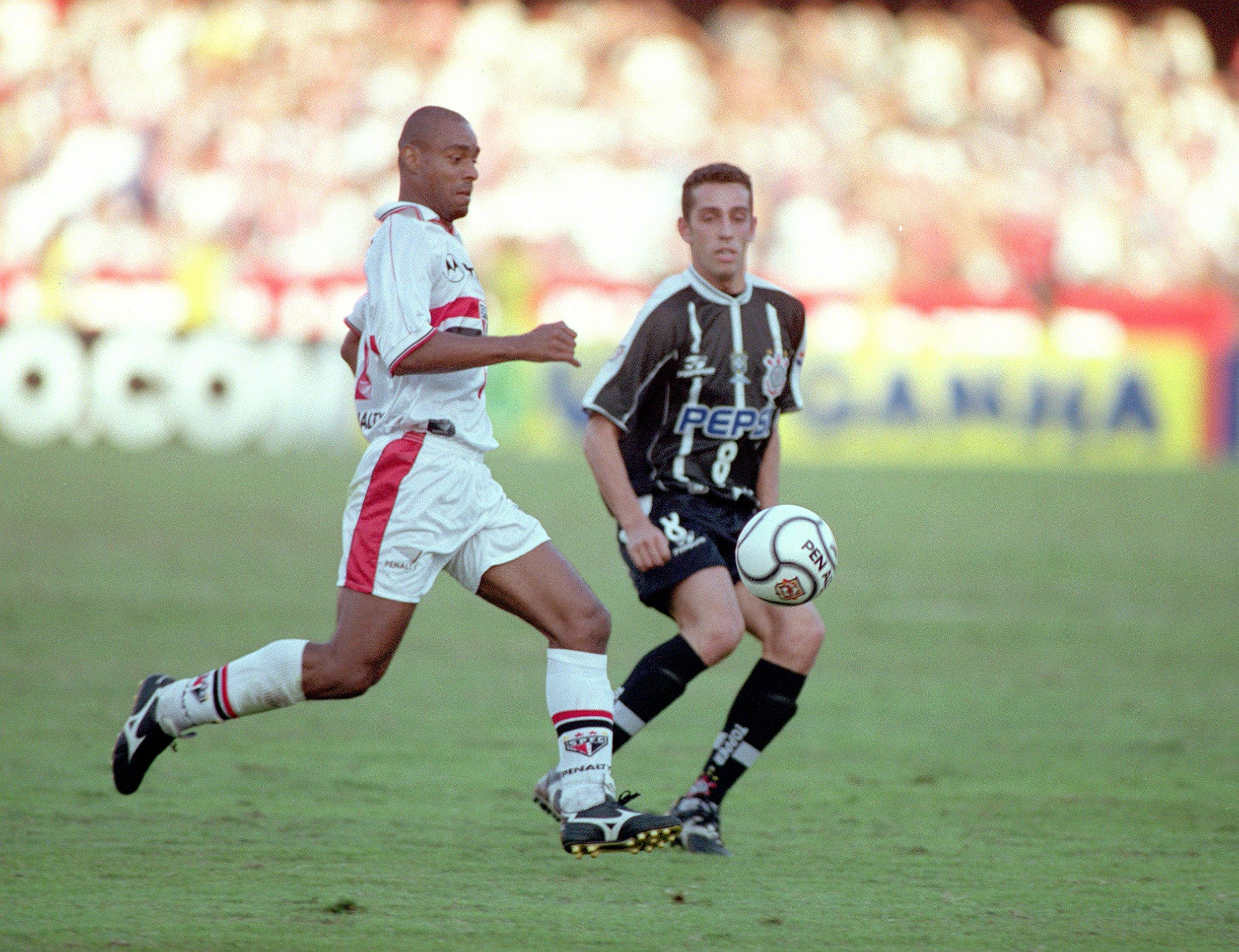 Há 20 anos, São Paulo vencia Corinthians pelas semifinais do Campeonato Paulista