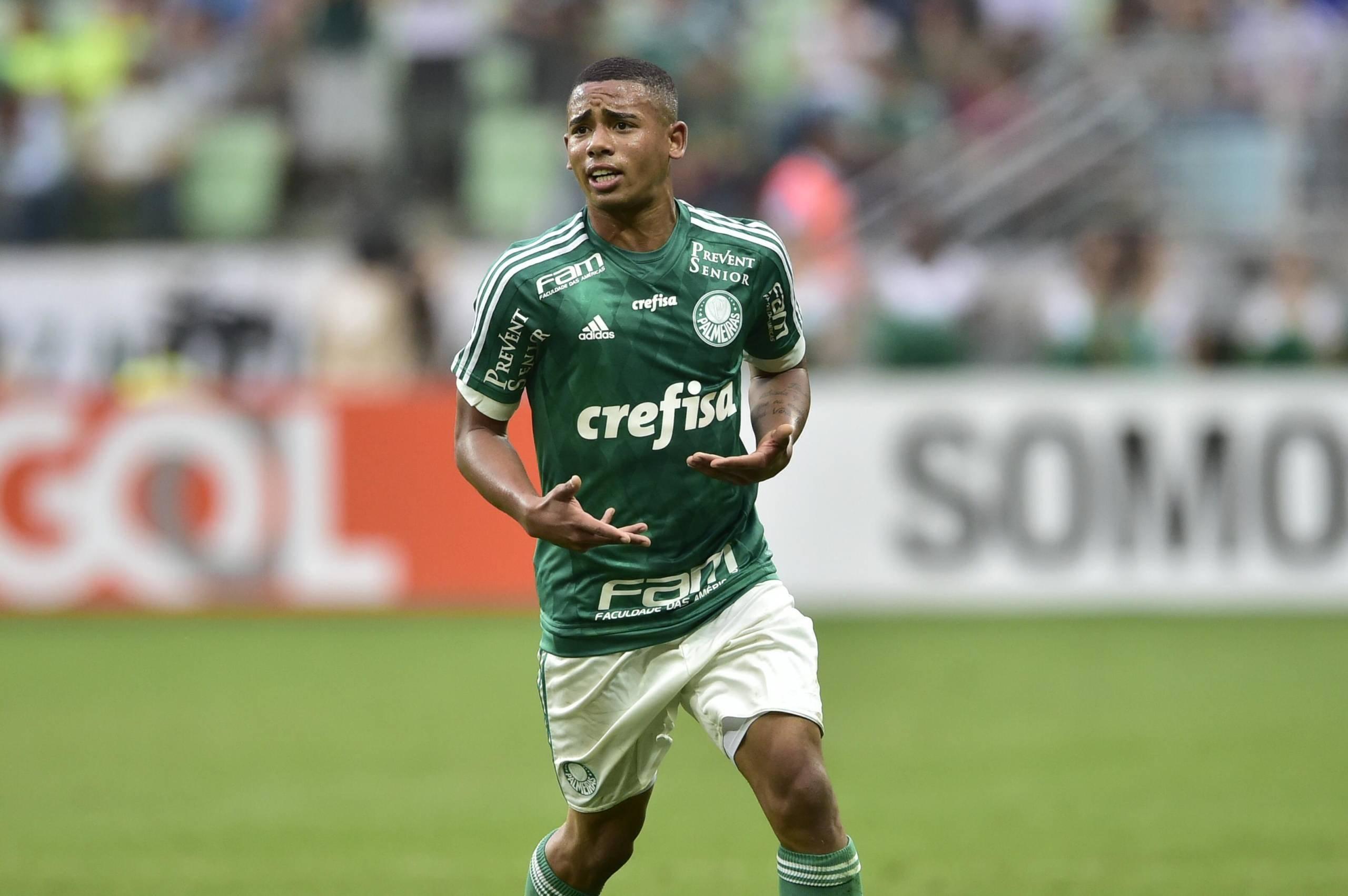 Relembre cinco ídolos negros da história do Palmeiras