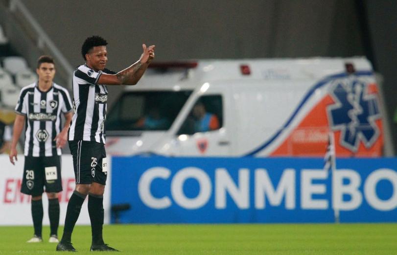 Botafogo acerta venda de Gustavo Bochecha ao Juventude